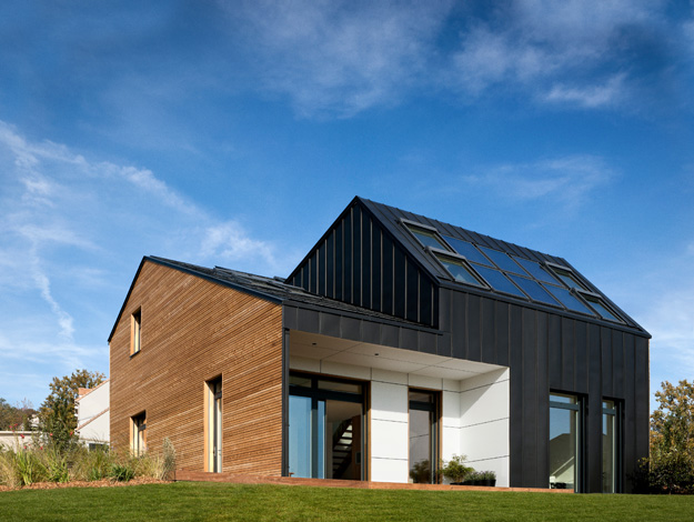 Casa activa maison air et lumi re velux arhipura for Maison saine air et lumiere