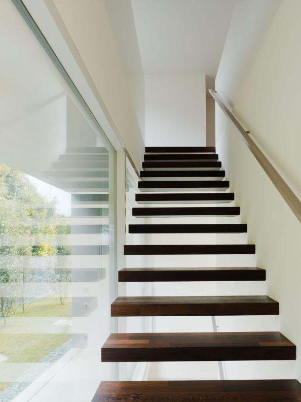 525d4400e8e44e67bf0009a8_villa-m-niklaus-graber-christoph-steiger-architekten_14a