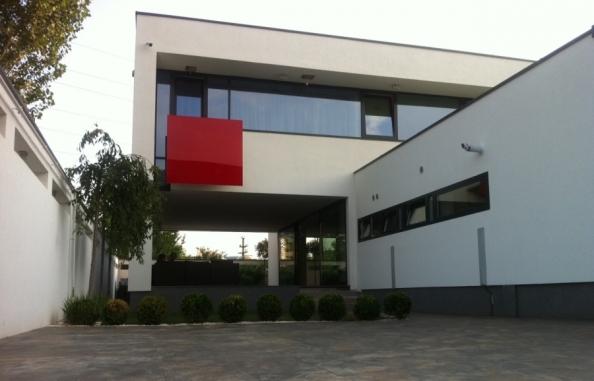 arhipura proiecte case moderne_900_x_578_51221-proiecte-case-2