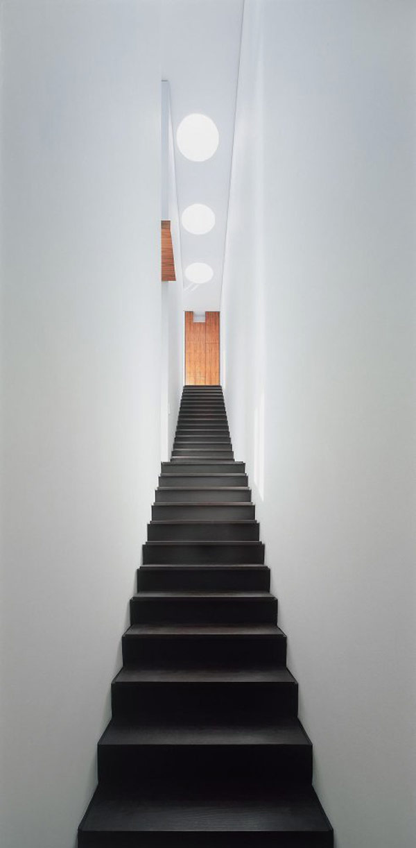 interior-stair-grip-hallway-ceiling-lamp-white-wall