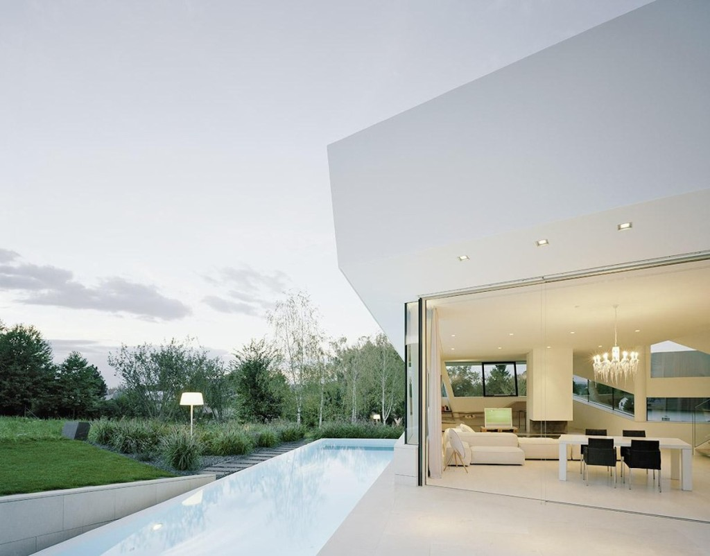 terasa-casa-moderna-subsol-etaj-piscina-1024x802_ proiecte case arhipura