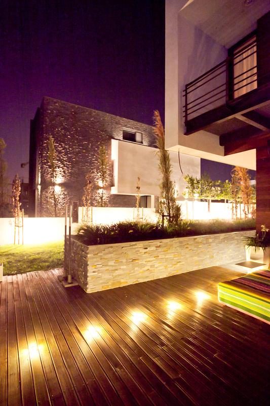 3919_locuinta moderna cu piscina Galati_proiecte case moderne arhipura