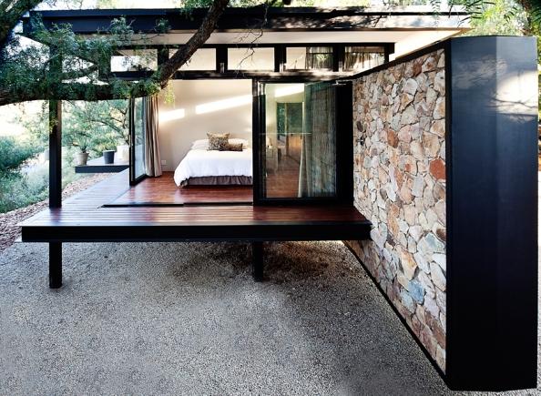 arhipura project_Westcliff-Pavilion_bedroom-outside-shower