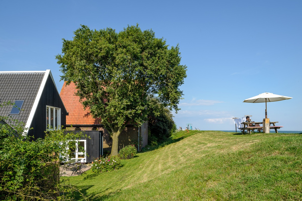 Casa mica si moderna la tara | Olanda