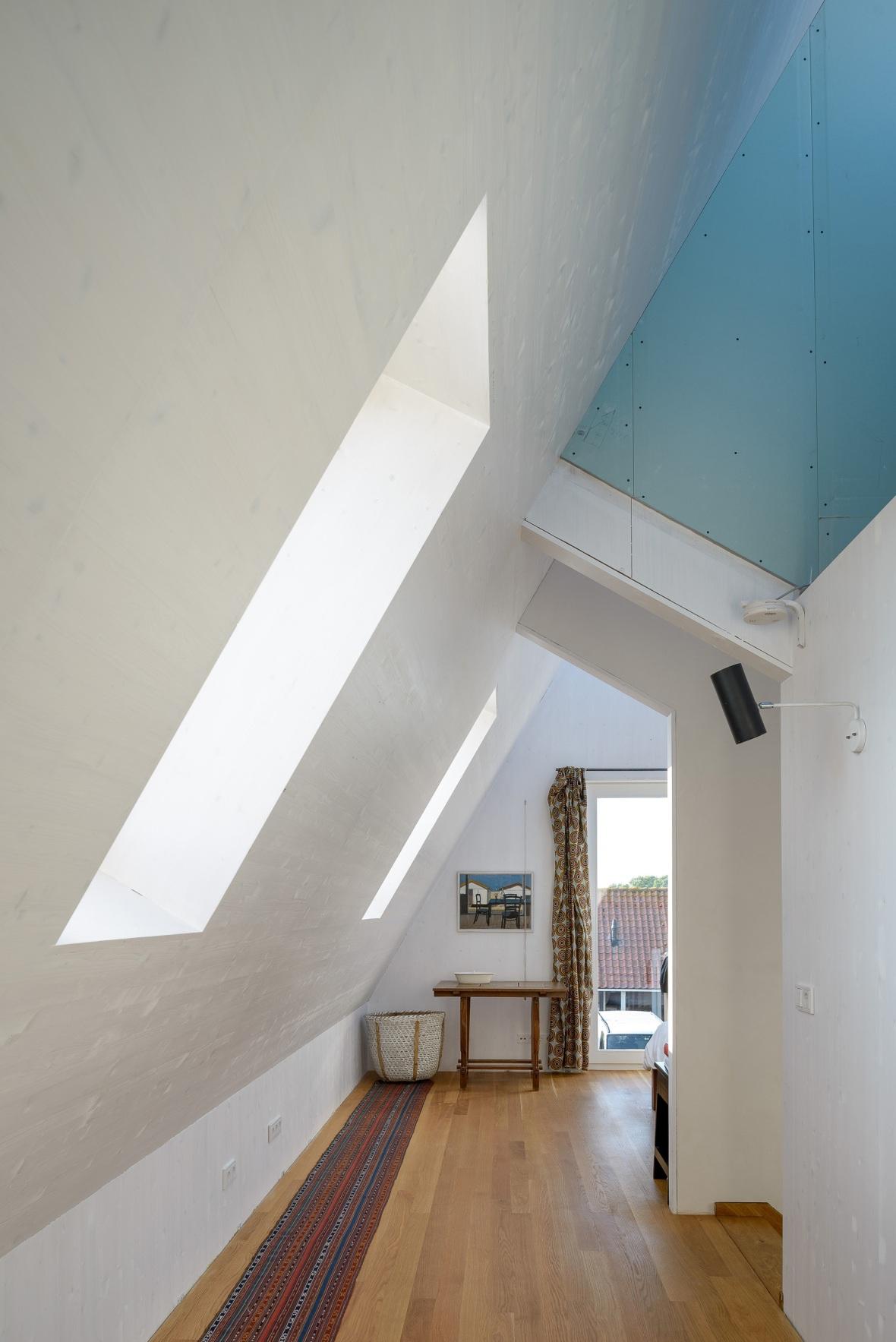 52ddffd6e8e44e9f140000b3_casa moderna la tara _ Arhipura