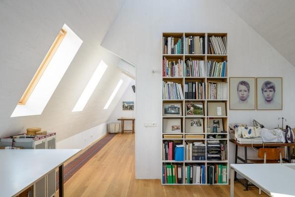 52ddffe0e8e44ebd08000092_casa moderna la tara _ Arhipura