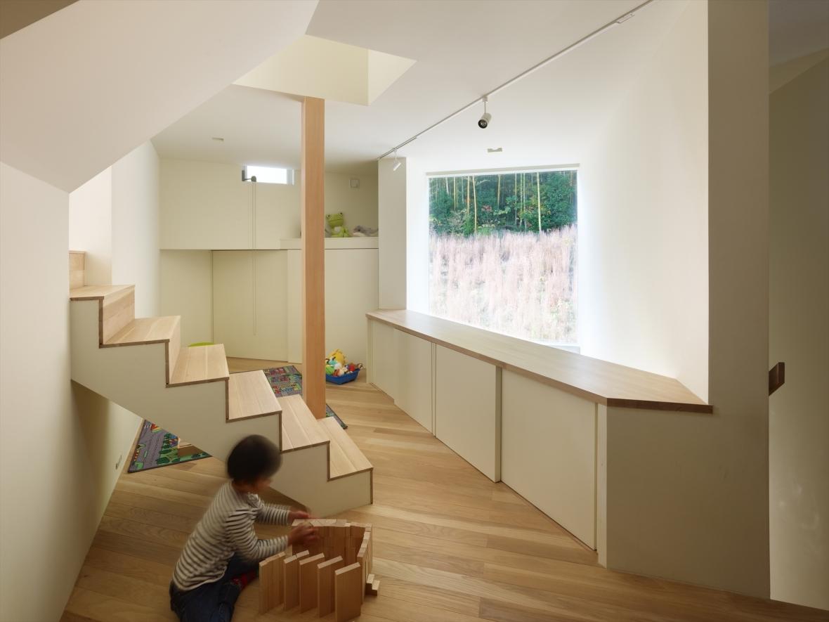 5144ab4eb3fc4b88c6000070_house-in-muko-fujiwarramuro-architects_higashimuko012000