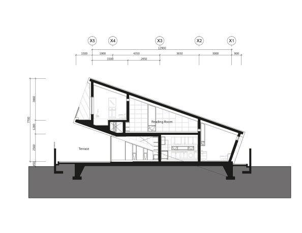 5441e386c07a801fe7000531_leaning-house-praud_section_01