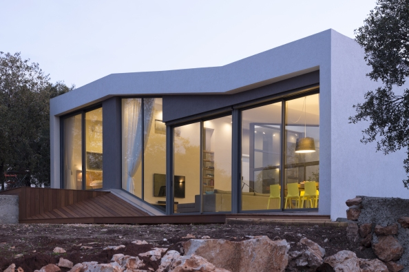 544be32fe58eceb56700031f_hsm-house-so-architecture_yehiam_25