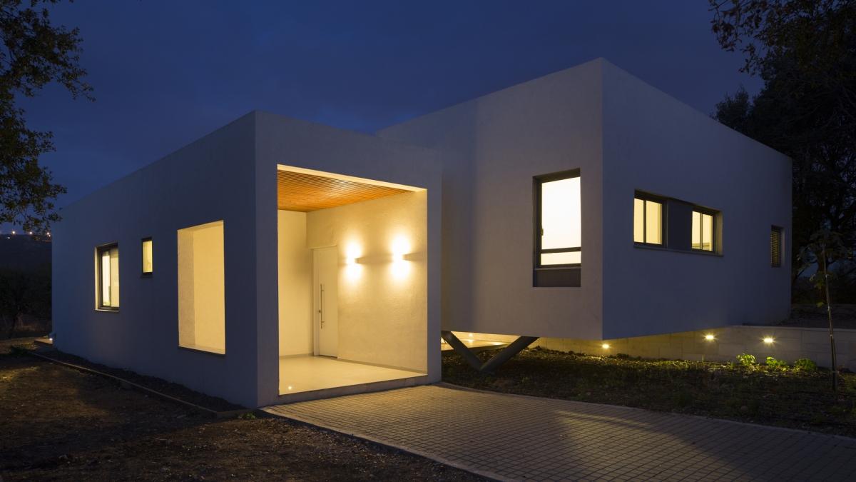 Casa moderna in jurul unei curti interioare | Israel