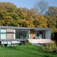 Casa generoasa construita la marginea padurii | Danemarca