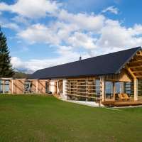 O casa de lemn la tara | Slovenia