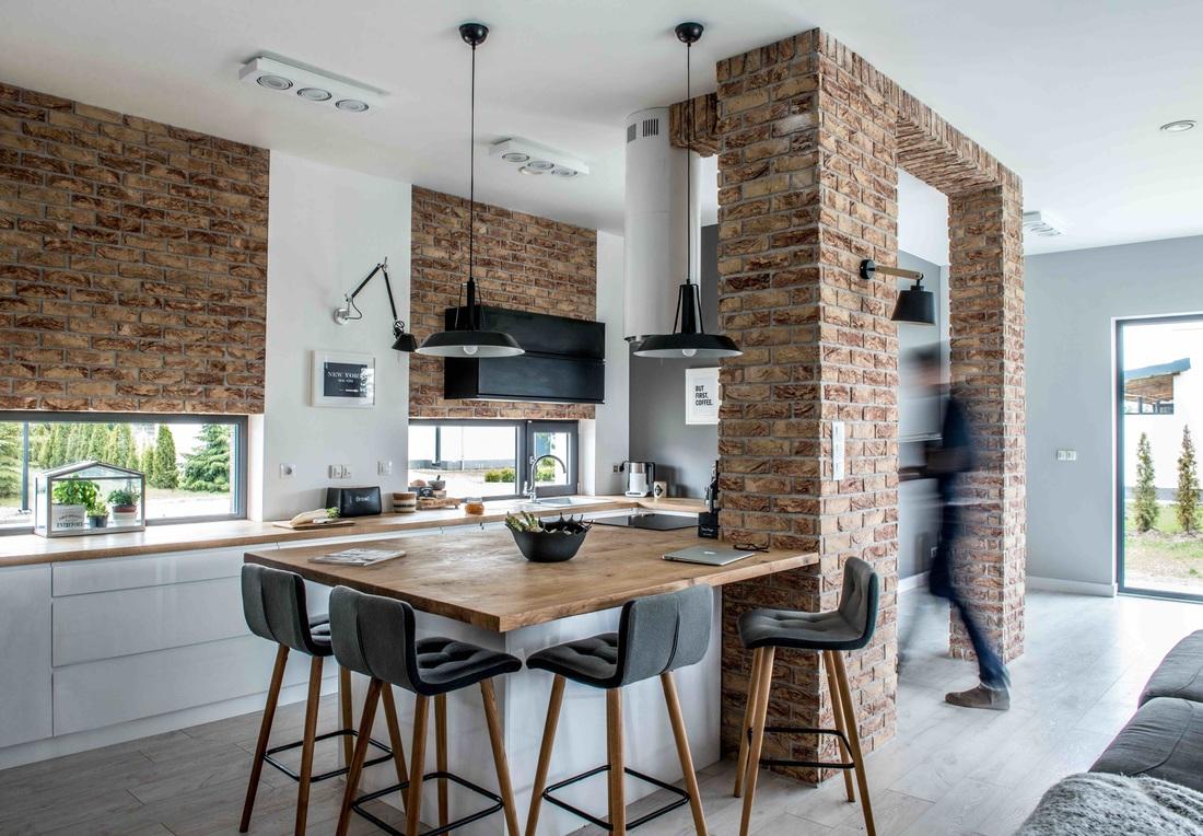 Modern, gri, minimal și cărămidă expusă într-o casă din Polonia 1 _ arhipura