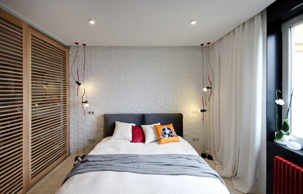 red-and-white-bedroom-decor