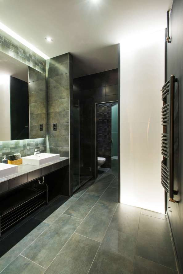 Blue-Green-Slate-Tiles-Master-Bathroom