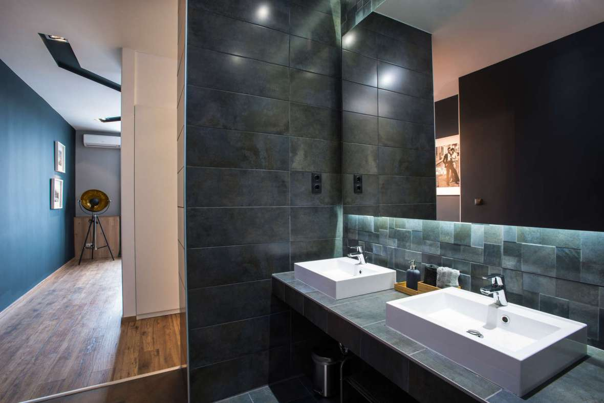 Slate-Bathroom-Tiles