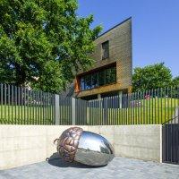 Casa triunghiulara 3T intre copaci | Alba Iulia