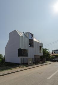 1233_arhipura-proiecte-moderne-de-case