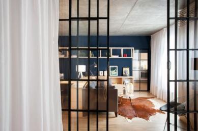Apartment-in-Bucharest-by-Bogdan-CiocodeicДѓ-Diana-RoЕџu-12
