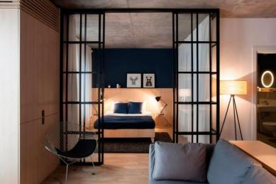Apartment-in-Bucharest-by-Bogdan-CiocodeicДѓ-Diana-RoЕџu-5