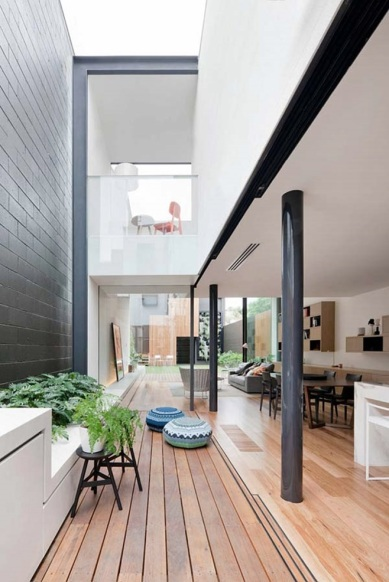 Victorian-terrace-home-in-Australia-4