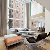 Apartament tip duplex amenajat in New York