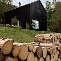 Transformarea unui sopron vechi intr-o casa eleganta | Cehia