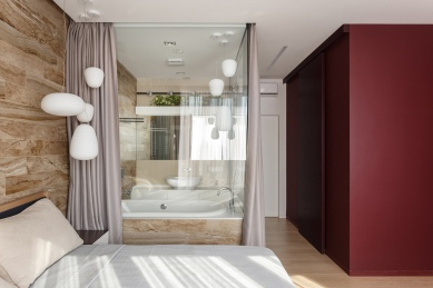 dark-red-accent-wall-bedroom-decor-inspiration