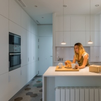 Flatmate, un apartament de 55mp amenajat in Barcelona